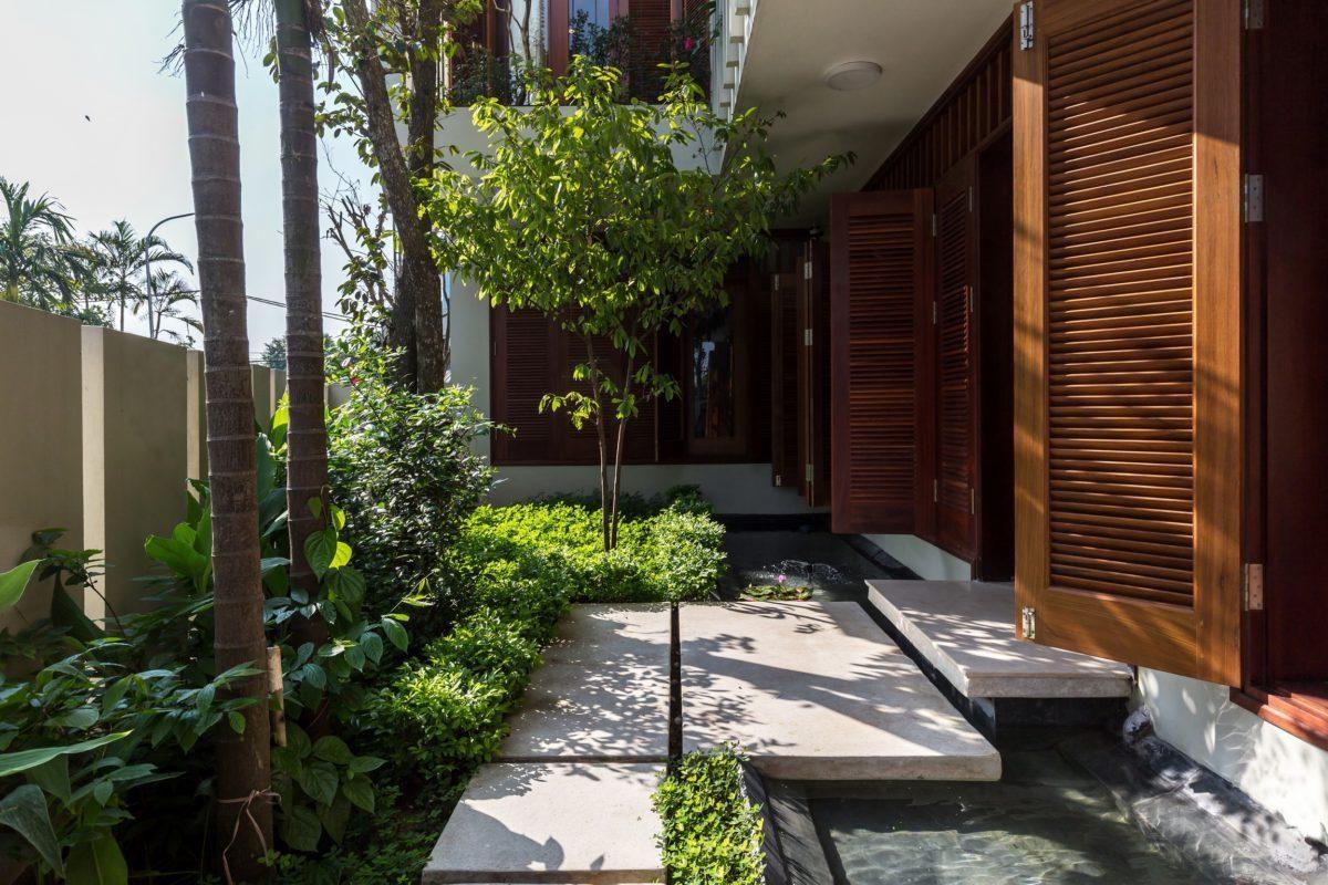 VMhouse exteriors n 1 resize Ngôi nhà với vườn cây bốn mùa xanh mát tại Hà Nội qpdesign